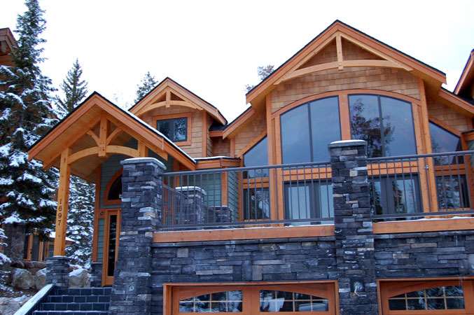 Creekside Chalet On The Mountain Accommodations Lush